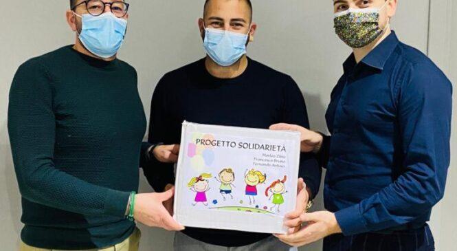 Tre giovani imprenditori donano 5000 mascherine alle scuole di Brolo, Ficarra, Piraino e Sant'Angelo